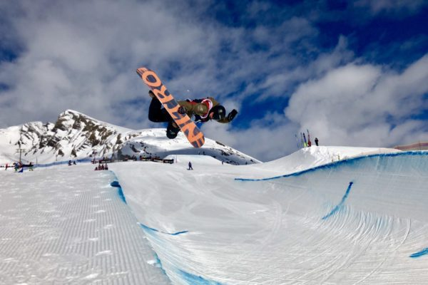 Nationale Freestyle Snowboardwettkämpe in Grindelwald